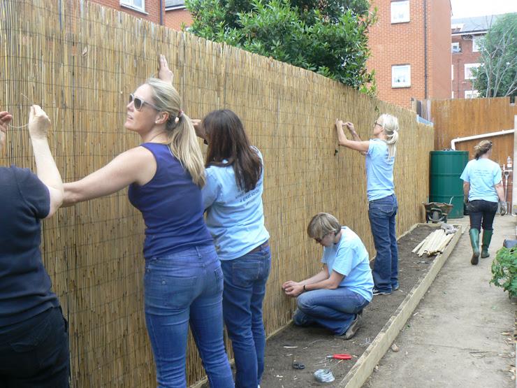 photo CAD4-fence-fitting_zps18r5r4yh.jpg
