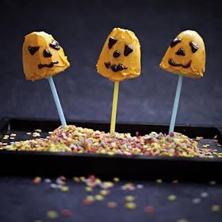 Pumpkin Cake Pops.