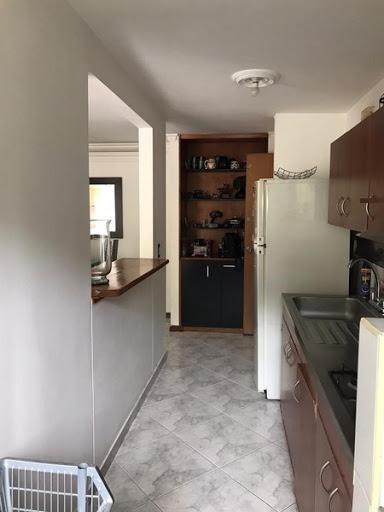 apartamento en arriendo castropol 679-28257
