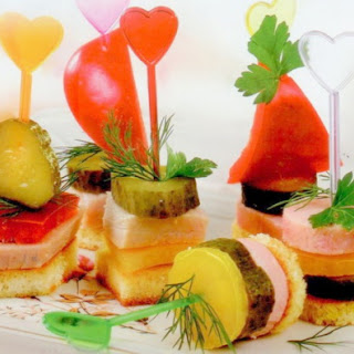 Canapé With Ham And Vegetable