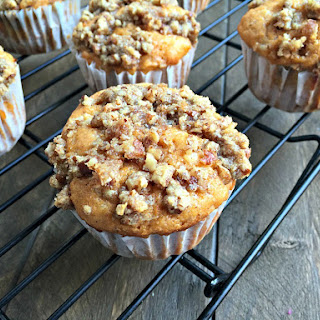 Sweet Potato Muffins with Pecan Crumble