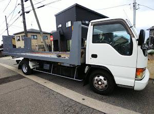 エルフトラック 積載車 極東フラトップのカスタム事例画像 ホイールカスタムファクトリーKz  金沢市さんの2020年07月29日16:12の投稿