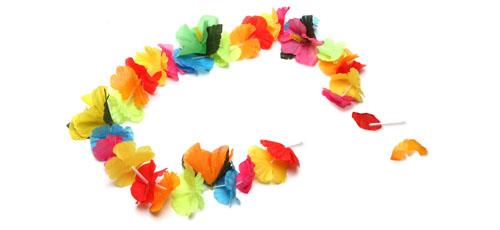 BROKEN flower necklace