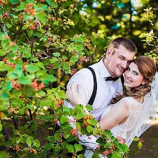 Wedding photographer Lena Bulycheva (Bela). Photo of 13.04.2016