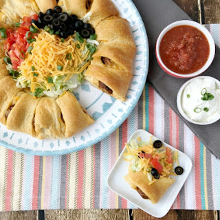 Easy Meatball Taco Ring