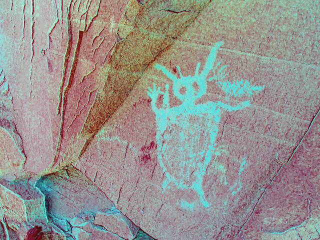 Green Man pictograph, DStretch enhanced