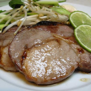 Honeyfied Pork Steak with Crunchy Beansprout Salad