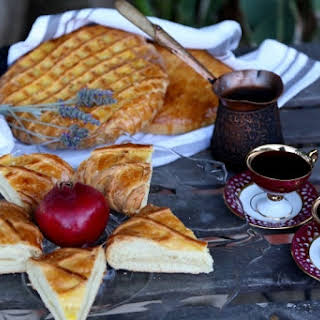 Armenian Gata Գաթա Sweet Bread.