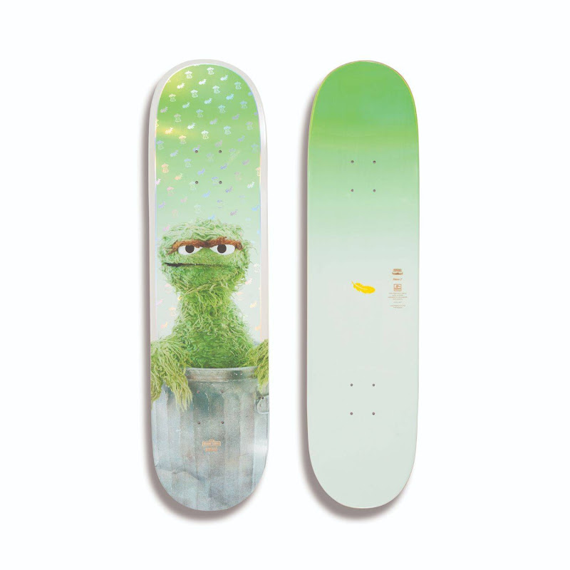 Globe - G2 Sesame Street Oscar the Grouch Skateboard Deck