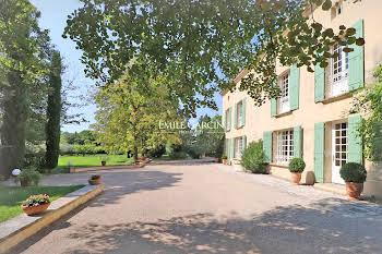 Maison 15 pièces 600 m2