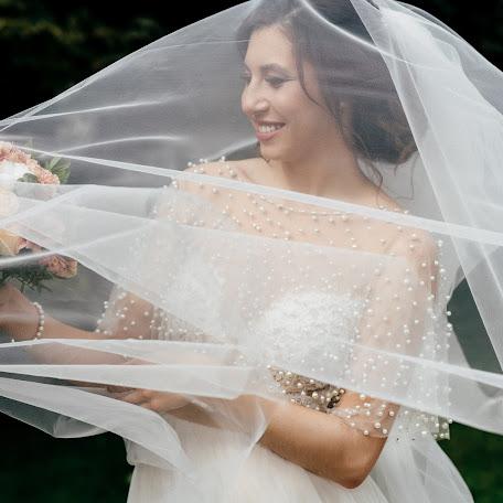 Wedding photographer Ayrat Khayriev (AyratPro). Photo of 13.01.2018