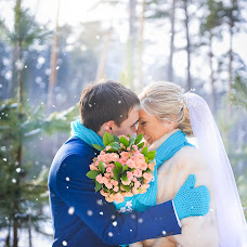 Wedding photographer Yaroslav Kanakin (YaroslavKanakin). Photo of 21.03.2015