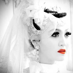 Bride Lips by Alexander Firmansyah - Wedding Bride