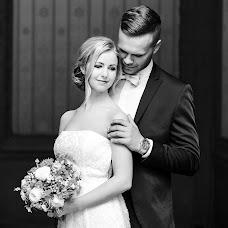 Wedding photographer Kristina Gryazin (ArtofLight). Photo of 24.03.2017