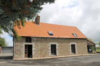 maison à Saint-Aubin-de-Terregatte (50)