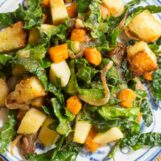Butternut Squash Panzanella Salad with Apples and Kale.