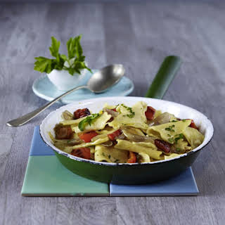 Fleckerl (Austrian Pasta) with Red Peppers.