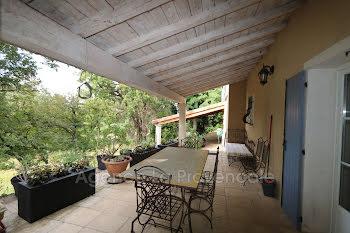 villa à La Coucourde (26)