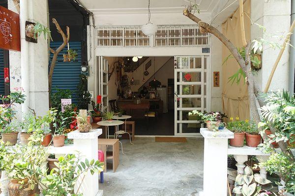 高雄PIZZA 游李家文武店,手作料理,有溫度的PIZZA.咖啡.甜點.手工麵包。