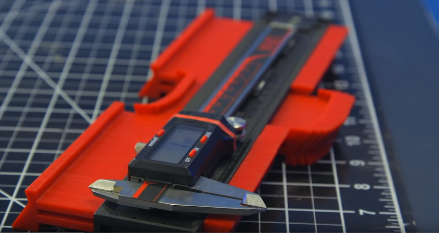Calipers and a contour gauge - tools that are indispensable for a 3D modeler