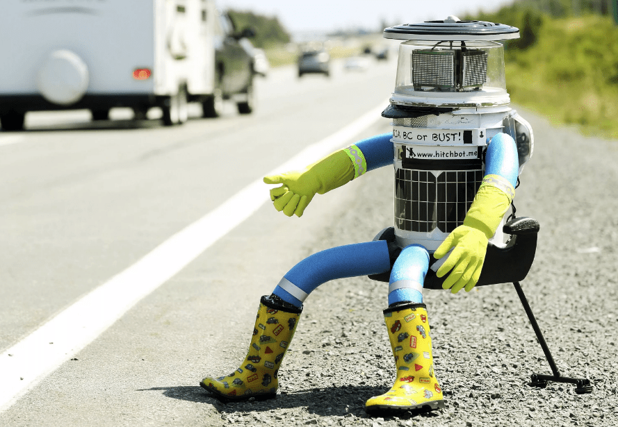 Funny incidents from the life of humanoid robots, which became a reason for laughter