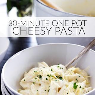 30-Minute One Pot Cheesy Pasta