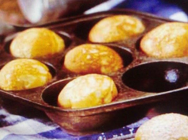 Heat  a well seasoned Monks Pan  and a Aebleskiver  Pan (...