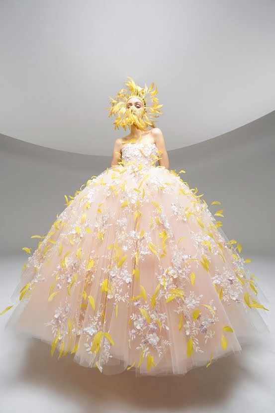 Runway: Giambattista Valli Couture Spring / Summer 2020