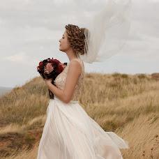 Wedding photographer Arina Kuznecova (kuzznee). Photo of 10.01.2018