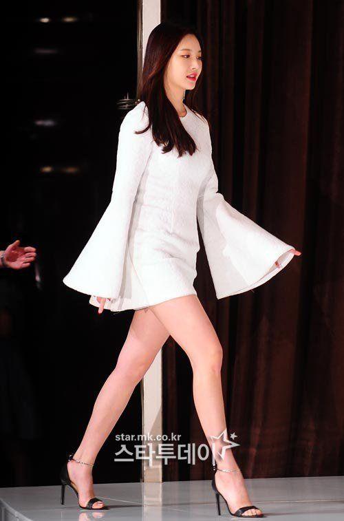 yura dress 16