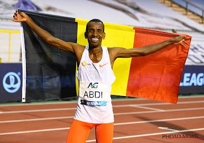 Wat een prestatie! Landgenoot Bashir Abdi wint marathon van Rotterdam en verpulvert Europees record!