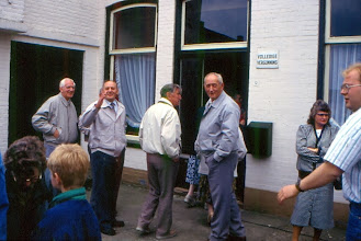 Photo: Publiek beddenrace v.l.n.r. Lambert Hadderingh, Broer Nijborg, O. Reijntjes, Berend Nijhof