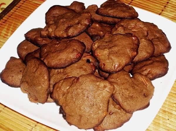 Crispy Double Chocolate Chip Pecan Cookies
