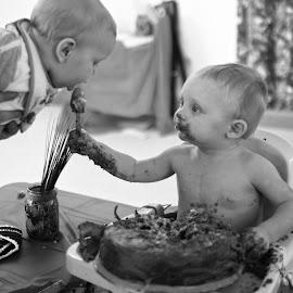 sharing by Jody Jedlicka - Babies & Children Babies ( sharing, benevolence, one, cake smash, first birthday )