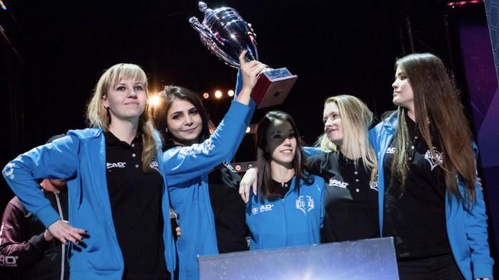 Kobiecie drużyny w esporcie