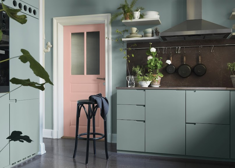 Piękna kuchnia w modnych kolorach