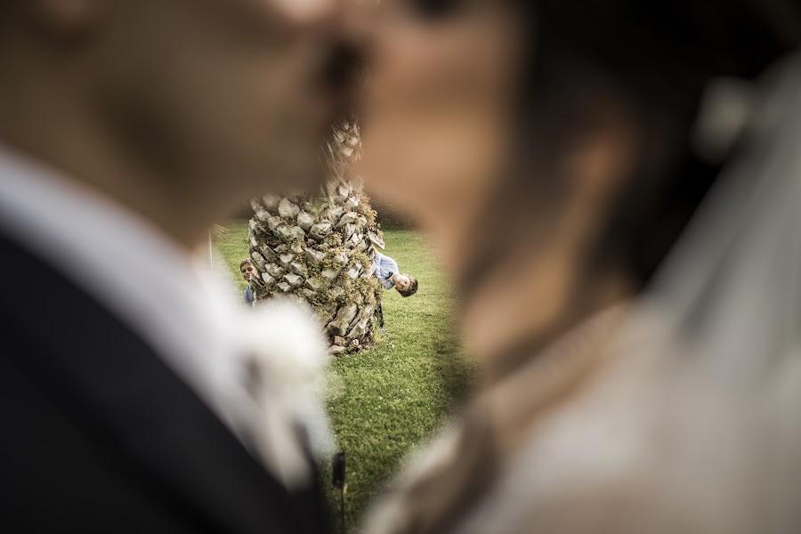 Wedding photographer Leonardo Scarriglia (leonardoscarrig). Photo of 28.02.2019