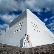 Wedding photographer Lyudmila Bordonos (Tenerifefoto). Photo of 17.04.2014
