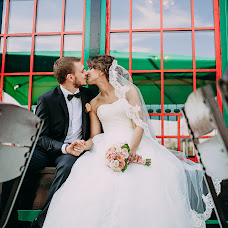 Wedding photographer Yuriy Slavin (Banzzi). Photo of 02.01.2015