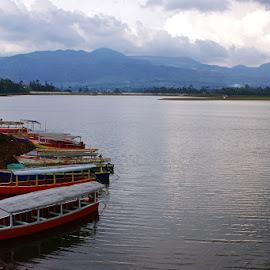Situ Cileunca by Mulawardi Sutanto - Transportation Boats ( situ cileunca, mantap, travel, lake, boat, bandung )