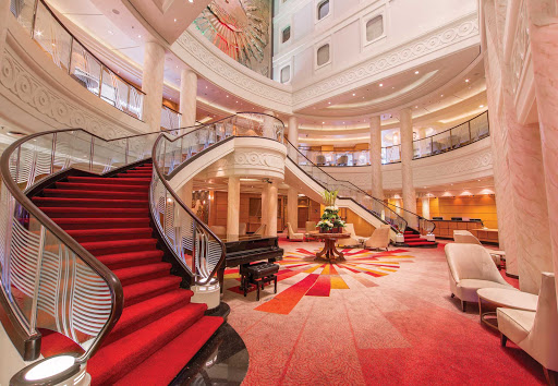 The atrium on Queen Mary 2.