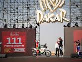 Peterhansel en Benavides de eindwinnaars maar Dakar eindigt in mineur: Franse motorrijder overleden