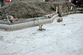 Photo: © ervanofoto 12-07-2012 Even pompen om de bouwput droog te houden.
