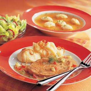 Kalbsschnitzel mit pikanter Senfsauce