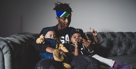 Emtee has made the mother of his children his fiancé.