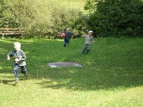 Photo: Vybrali ste loptu z potoka?