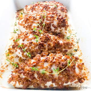 5-Ingredient Bacon Crusted Chicken (Paleo, Low Carb).