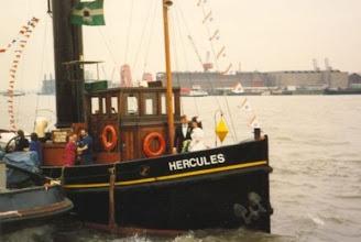 Photo: De Hercules als huwelijksbootje