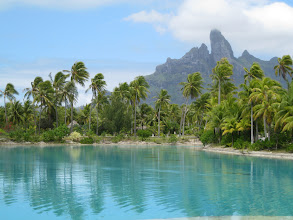 Photo: or find beautiful spots in Tahiti.