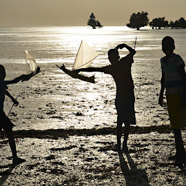 Kids are Kids. by Marcel Cintalan - Babies & Children Children Candids ( playing, sunset, boys, kids, beach, toliara, madagascar )